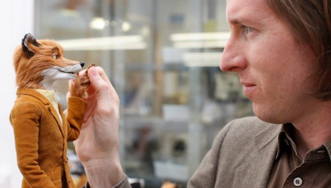 Wes Anderson et la marionnette de Mr.Fox