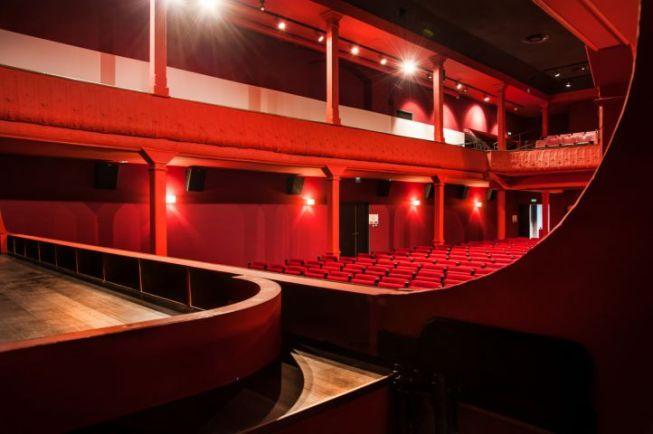Intérieur de l'Eden Théâtre la Ciotat